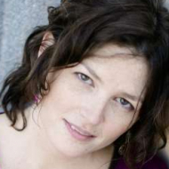Juliane Shore